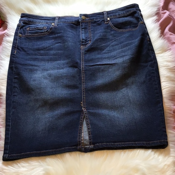 Ava & Viv Dresses & Skirts - NWT Ava & Viv denim skirt